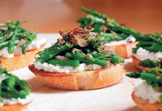 Saut ed Asparagus Bruschetta With Crispy Shallots & Grain Mustard ...