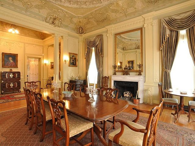 Victorian home dining room historic spaces interiors for Victorian house dining room ideas