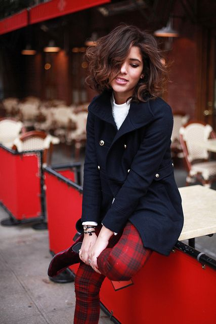 Navy blazer, plaid pants (via Trop Rouge)