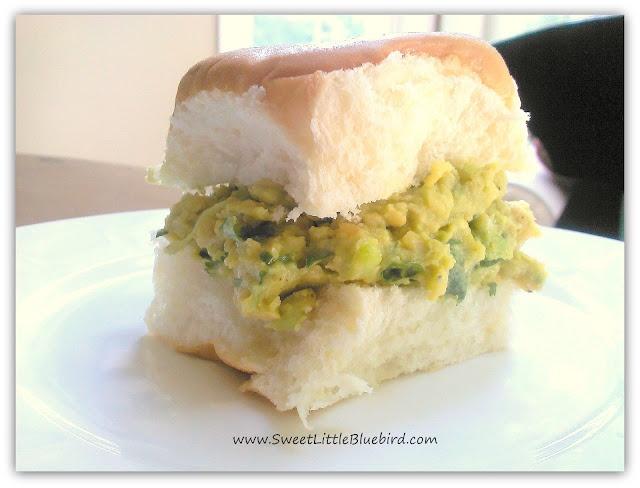 Chickpea & Avocado Salad | Healthy Living | Pinterest