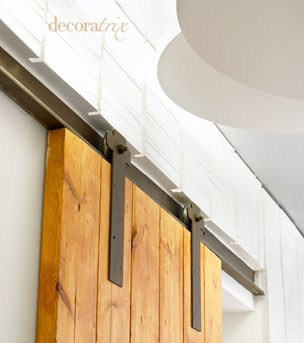 Puerta corrediza riel damn good design pinterest for Puerta corrediza de madera