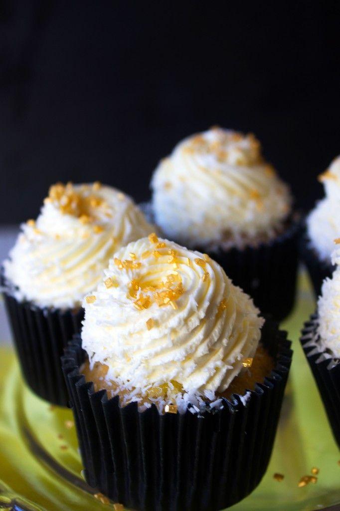 Lemon Coconut Cupcakes | Bread, cakes, cupcakes! | Pinterest