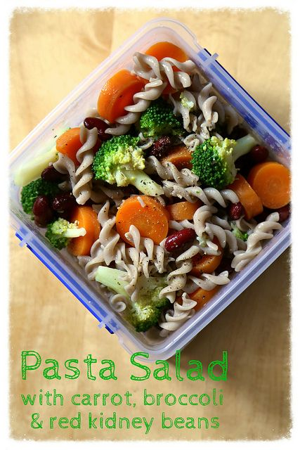 easy pasta salad with broccoli carrot amp red kidney beans in a lemon ...