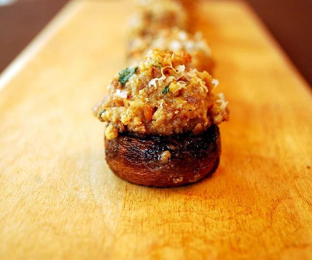 Spicy Italian Stuffed Mushrooms | food | Pinterest
