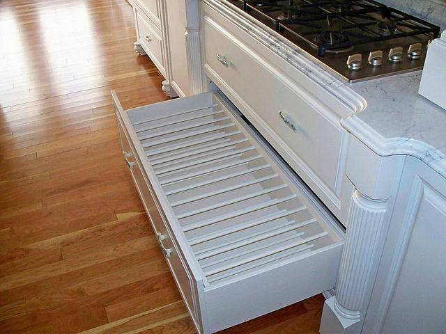 Kitchen Cookie Sheet Organizer Pull-out