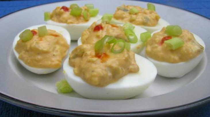 Sriracha Deviled Eggs | gluten free dairy free recipes | Pinterest