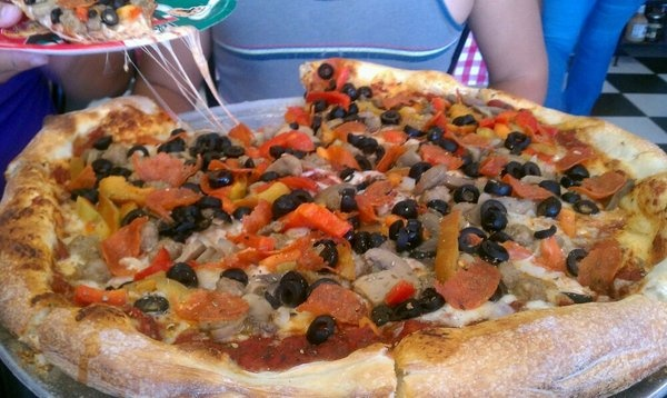 Hello Pizza's - Supreme pizza | Visit El Paso | Pinterest