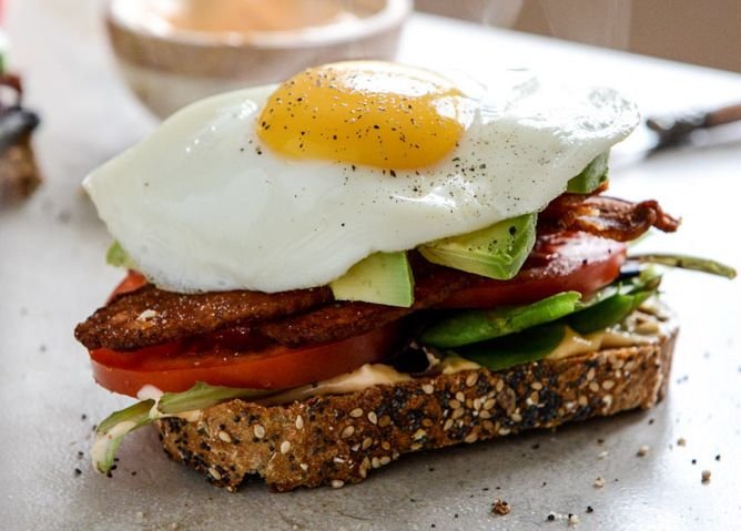Avocado BLT's with Spicy Mayo and Fried Eggs Recipe by How Sweet It Is