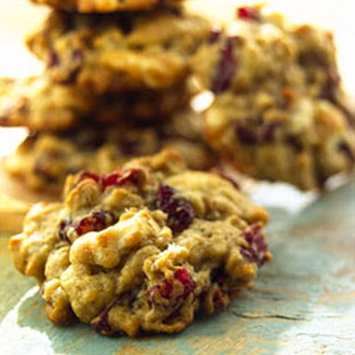 Oatmeal Cranberry White Chocolate Chunk Cookies @Alexx Hester for your ...