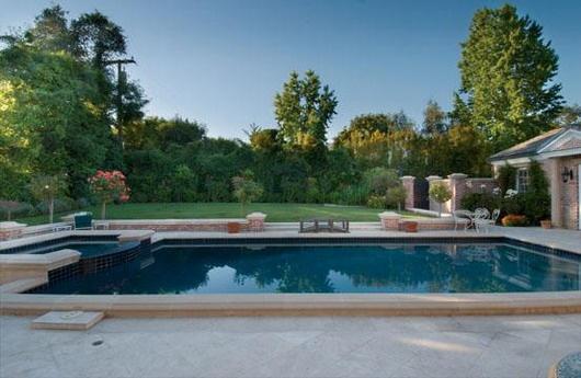 Fancy Backyard Pools : fancybackyardswimmingpools  Backyard  Pinterest
