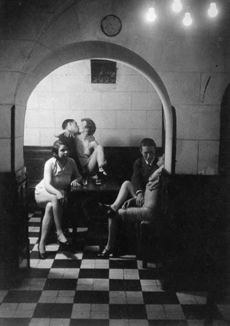 erotique vintage escort st denis