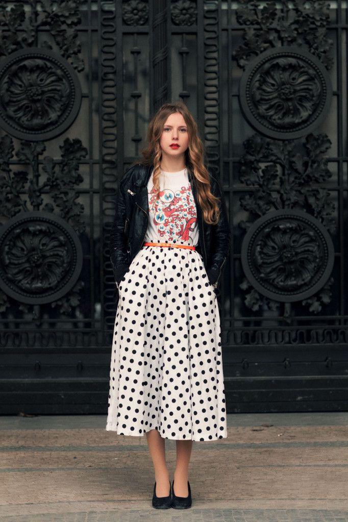 That skirt...