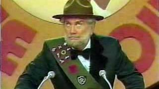 Foster Brooks roasts Dean Martin, via YouTube.