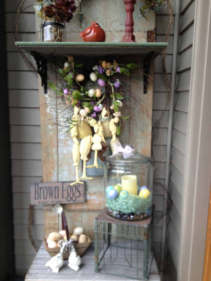 Antique easter decor antique decorating pinterest for Antiques decoration