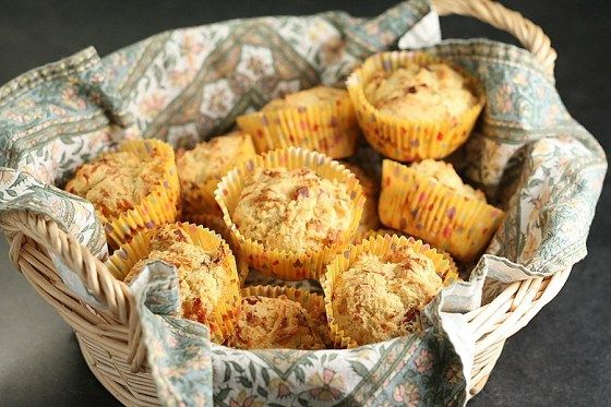 Onion Cheddar Bacon Corn Muffins | FOOD - Breakfast or anytime ;) | P ...