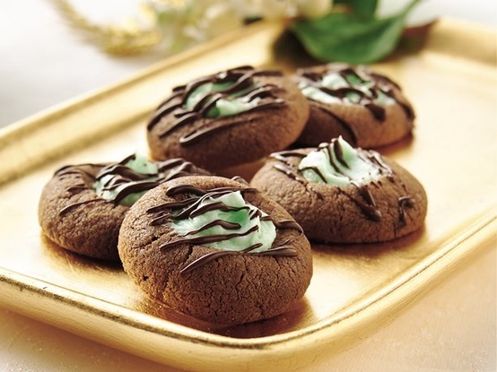 Chocolate-Mint Thumbprints | Cookies for Santa | Pinterest