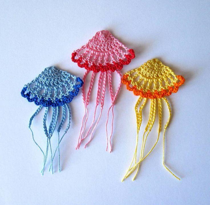 Crochet Patterns Jellyfish : Jellyfish Applique Crochet Pattern Crochet away! Pinterest