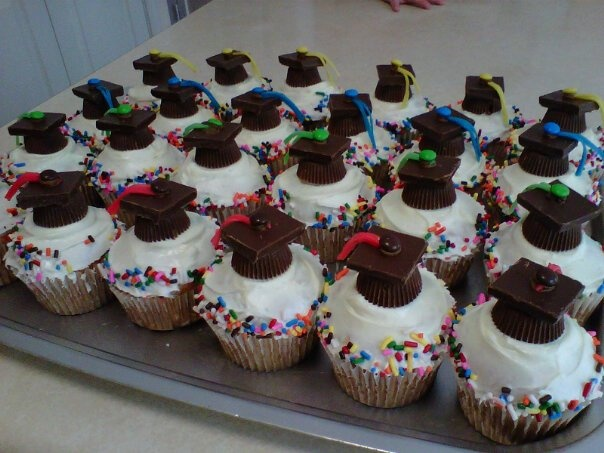 Cupcake Decorating Ideas Graduation Party : Graduation Cupcakes Grad party ideas Pinterest