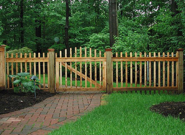 Wood boston picket by elyria fence farmhouse grounds for Good neighbor fence plans