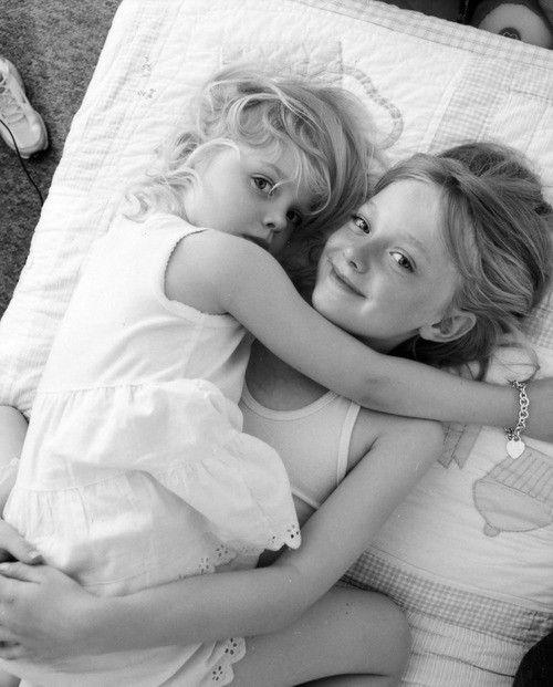 Dakota and Elle Fanning