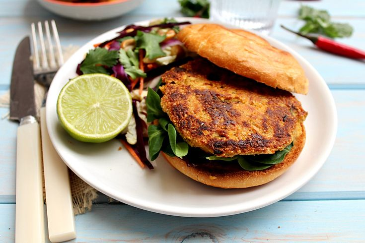 Quinoa Chickpea Burgers with Thai Peanut Lime Slaw | honey & figs