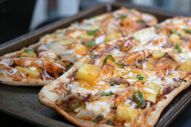 Grilled Barbecue Chicken Pizza: grilled chicken, pineapple, barbecue ...
