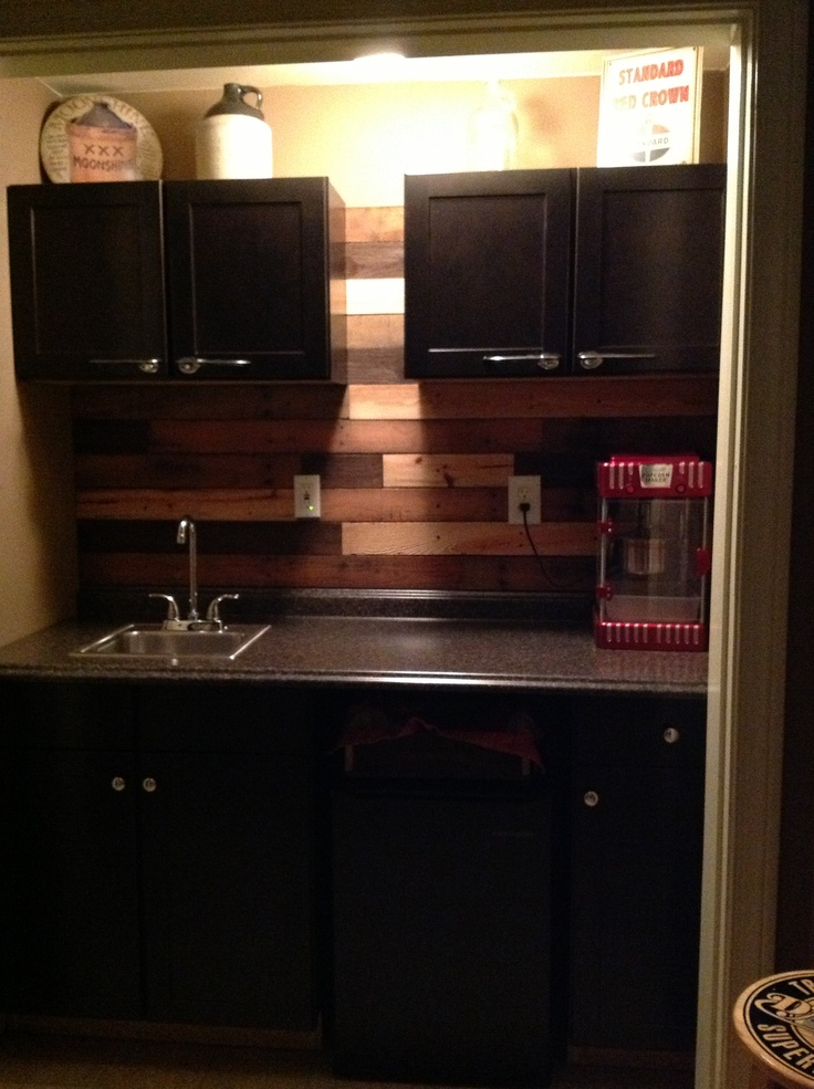 pallet backsplash pallets pinterest