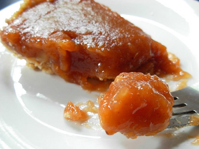No-Bake Applesauce Pie ~ Apple pies are yummy, but when it's super ...