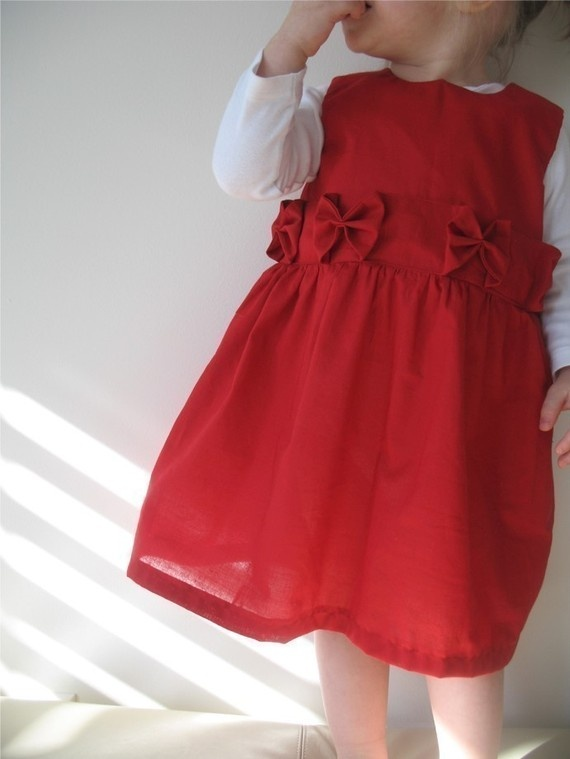 The perfect holiday dress pattern and tutorial by heidiandfinn 6 00