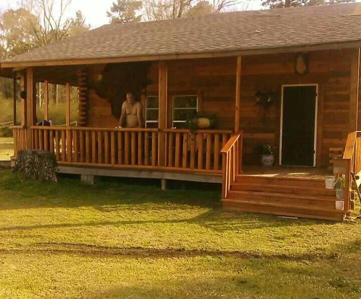 Pallet cabin for pinterest