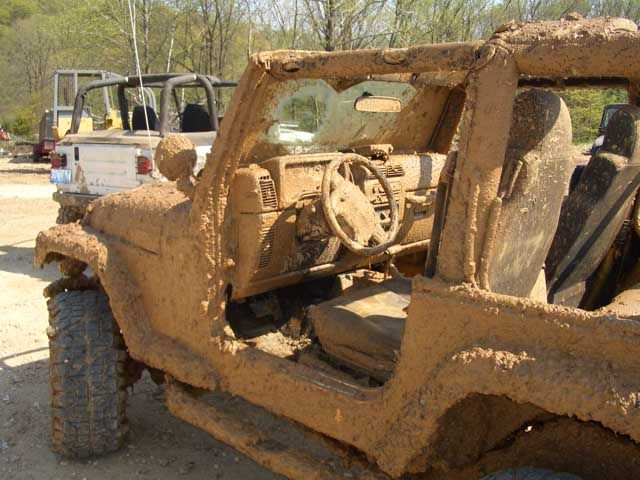 Dirty Jeep Is A Happy Jeep Jeep Wrangler Pinterest