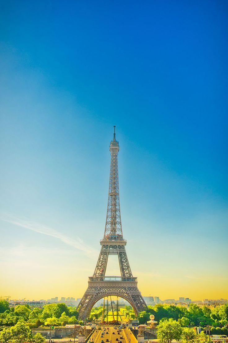 Sunday in Paris   TOM HUSSEY Photography -Advertising, Lifestyle Photography