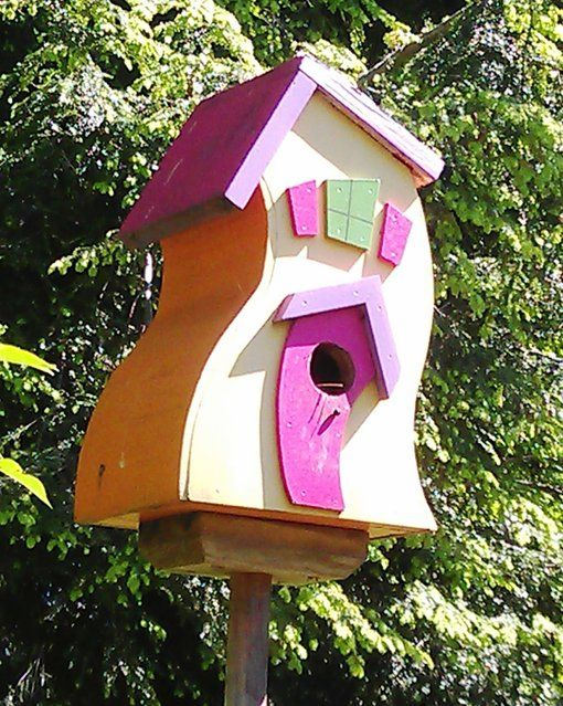 Pin by infinity on bird house pinterest for Creative birdhouses