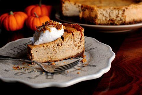 pumpkin gingersnap cheesecake   Cheesecake aka a slice of heaven   Pi ...