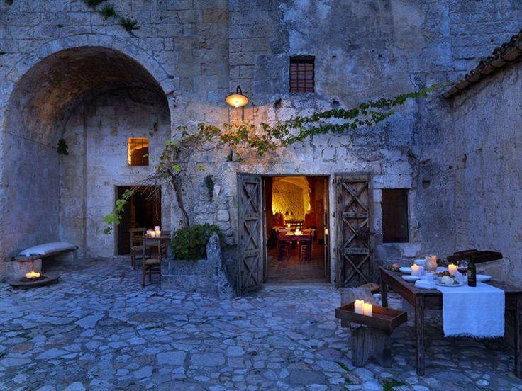 Le Grotte della Civita, Matera, Italia