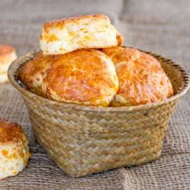 ... Buttermilk Biscuits - delicious, tender, flaky and cheesy biscuits