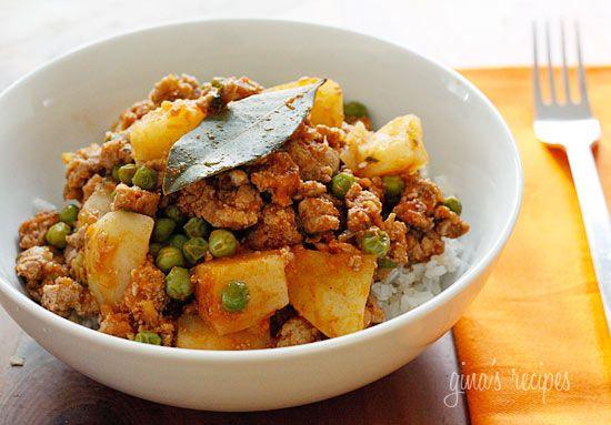Ground Turkey with Potatoes and Spring Peas | Skinnytaste