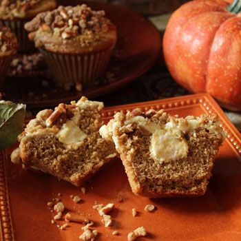 Pumpkin Cheesecake Muffins with Pretzel Streusel