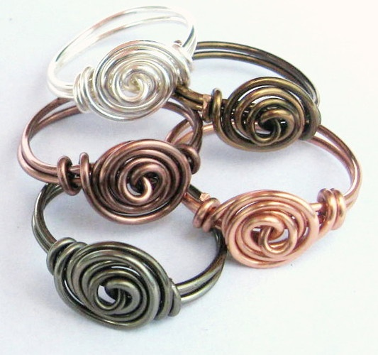 Pretty Metal Rosette Rings!!