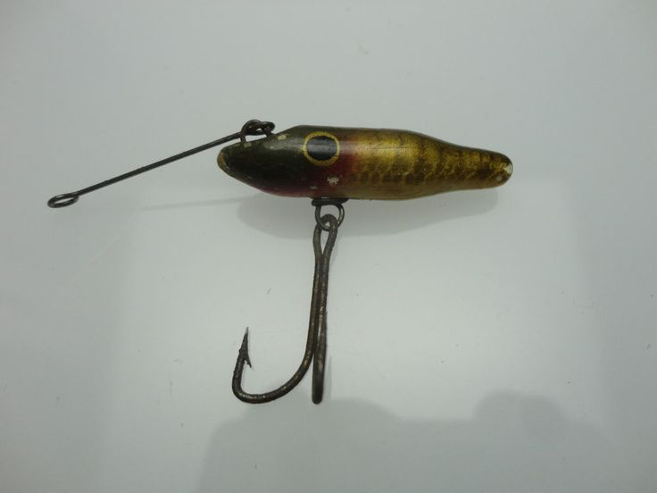 Antique vintage wood painted scale pattern fishing lure for Old wooden fishing lures