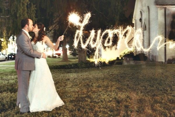 Light Writing Sparkler Shot - Frozen Exposure Photography I SnapKnot  #weddingphotography #weddings