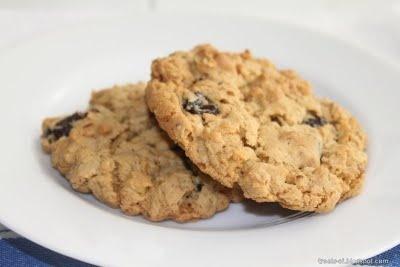 Oatmeal Cherry Walnut Cookies   RecipeMe   Pinterest