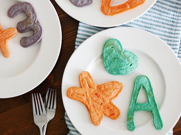 Squeeze Bottle Art Pancakes | Recipe