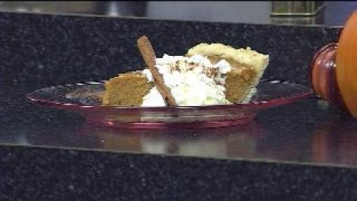 White Chocolate Pumpkin Swirl Pie | Yum! | Pinterest
