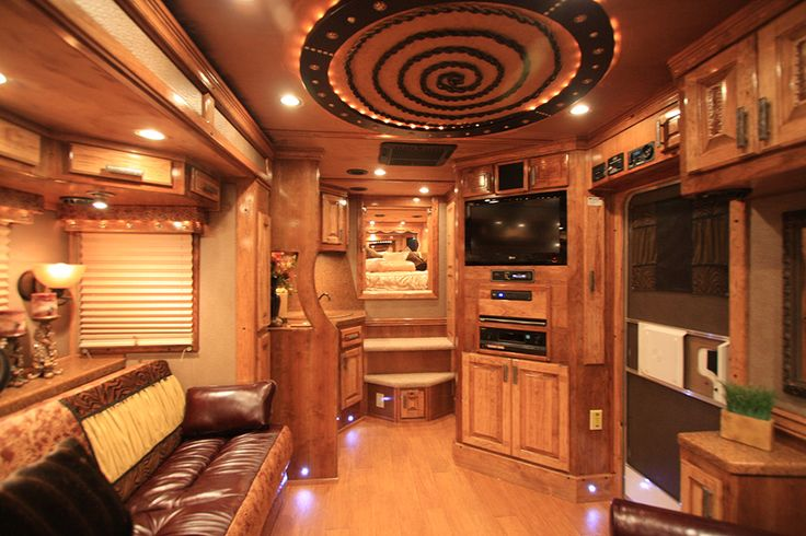 amazing living quarter horse trailers custom made by