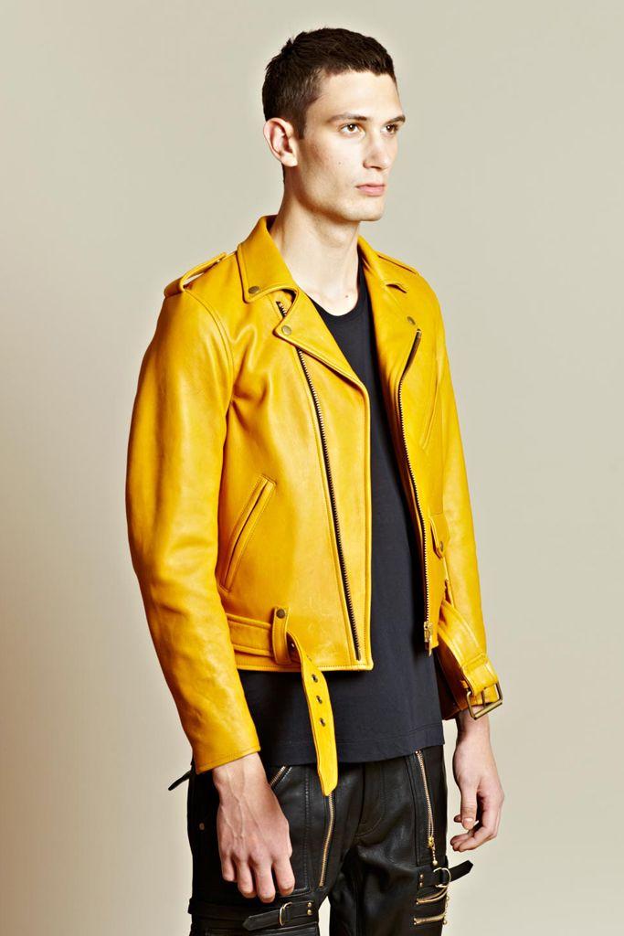 Nice yellow jacket! | My Style | Pinterest