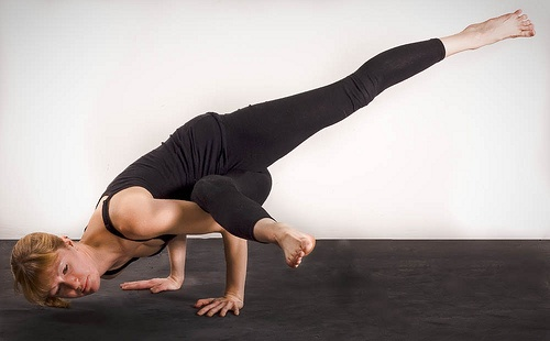 The gallery for --> Standing Bow Pose Vs Dancer Pose
