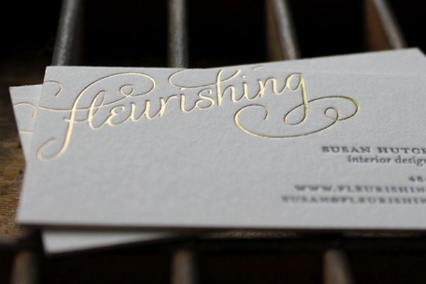 Fleurishing business cards with gold foil, lovely.