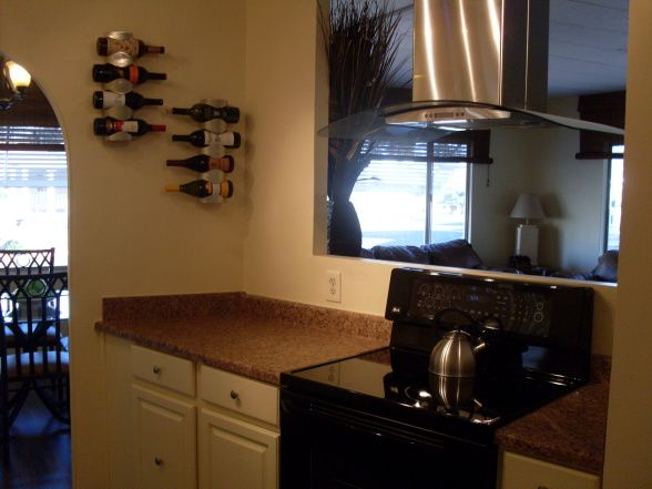 Mobile home remodeling ideas old mobile homes trailers for Old home kitchen remodel