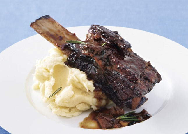 Zinfandel-Braised Beef Short Ribs with Rosemary-Parsnip Mashed ...